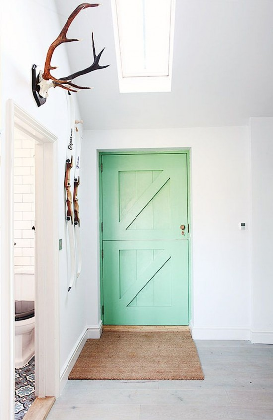 inspired palettes - a mint colored front door & inspired palettes #17 - hint of mint pezcame.com
